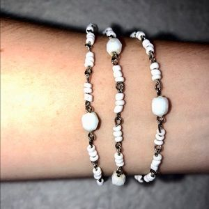 💎BOGO FREE! Three white layered beaded bracelet💎